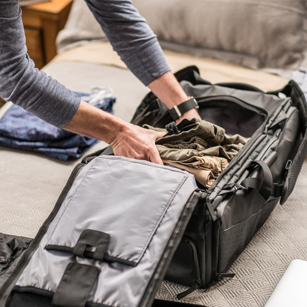 How to pack and carry your Complicated luggage?