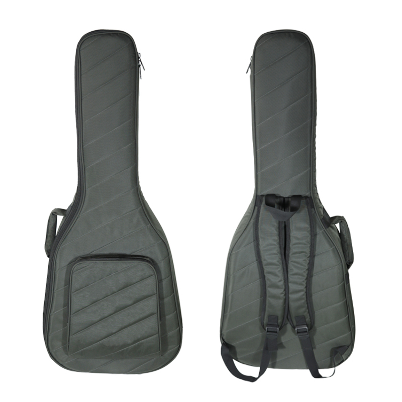 How should us choose a guitar bag to protect guitar lacquer?